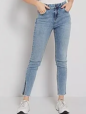 Модные женские джинсы на 2021 и 2022 год