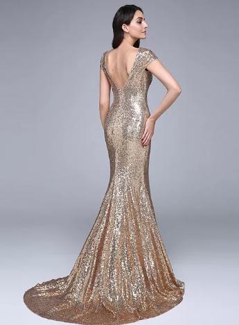 приталенное платье 2020