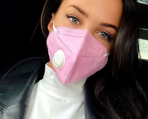 Модные медицинские маски