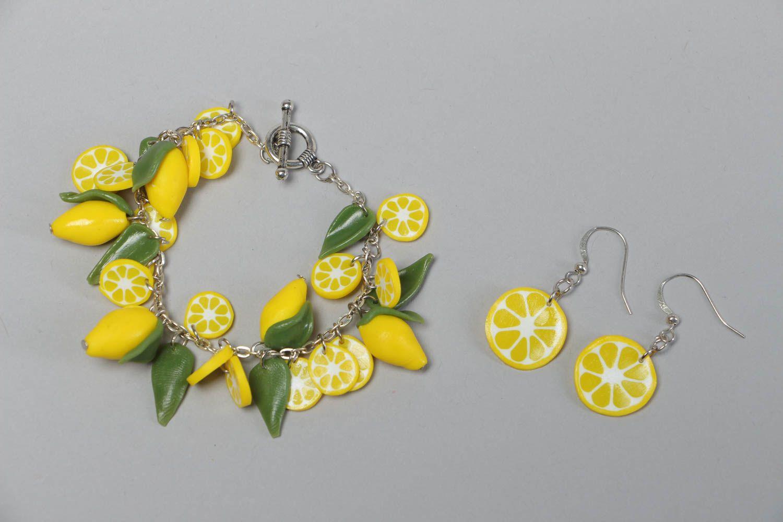 модные украшения из пластика весна-лето 2019 фото 3